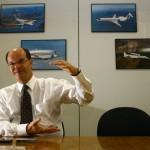 No comando de uma gigante, presidente da Embraer analisa o desempenho da empresa