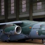 Embraer adia para 2015 o primeiro voo do seu supercargueiro KC-390