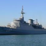 Navio da Marinha do Brasil é aberto para visitação pública em Vitória