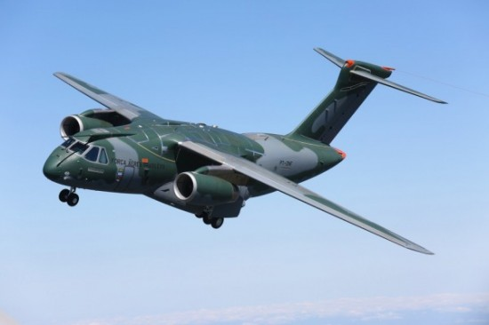 1º voo do KC-390