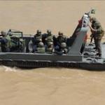 Flotilha do Amazonas realiza exercícios operativos com Aspirantes