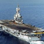 França mobiliza o PA Charles de Gaulle contra EI no Iraque
