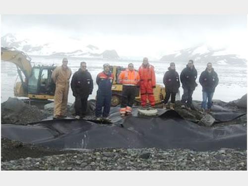 Equipe na Antártica