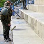 Engenharia da Força de Pacificação trabalha na Vila Olímpica da Maré