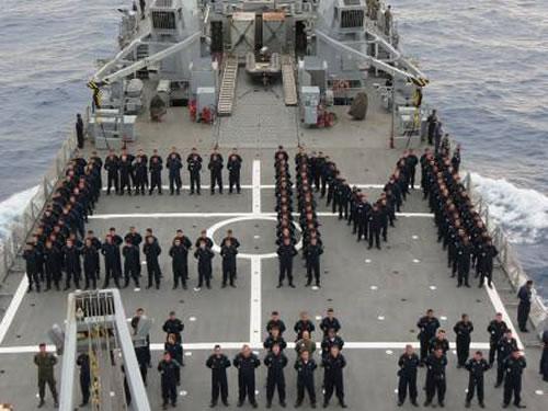 Militares prestam homenagem ao Comandante da Marinha