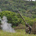 Força de Fuzileiros realiza Tiro de Artilharia durante exercícios na Ilha da Marambaia (RJ)