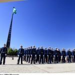 Força Aérea realiza troca da Bandeira Nacional em Brasília