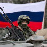 Ministro da Defesa Russo inspeciona as tropas na Crimeia