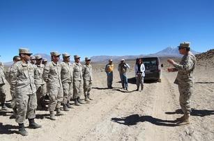 militares do Exército e da Marinha do Chile