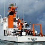 Ministro da Defesa recebe Navio Hidroceanográfico e anuncia criação de hidrovia no Rio Madeira