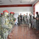 Brigada de Infantaria Paraquedista recebe visita de militares dos EUA