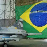Brasília recebe exposição do novo caça da FAB, o Gripen NG