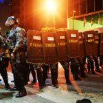 Militarização das polícias é mundial, afirma pesquisador