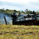 Uma Plataforma para a Engenharia de Combate Mecanizada