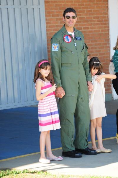 Bianca e Beatriz têm nove anos e são filhas do Tenente-Coronel Marcelo Gobett Cardoso
