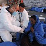 """Corveta """"Barroso"""" receberá Ordem do Mérito da Defesa alusiva ao resgate dos migrantes"""