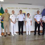 Comando da 2ª Divisão da Esquadra recebe a Comandante do Grupo de Ataque '9″ dos EUA