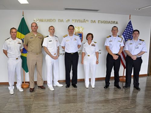 Contra-Almirante Pinto Homem, Contra-Almirante Lisa Franchetti e militares brasileiros e americanos