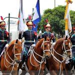 Desfile cívico-militar reúne mais de 15 mil pessoas no Rio de Janeiro
