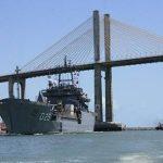 """NDCC """"Almirante Saboia"""" atraca no porto de Natal (RN)"""
