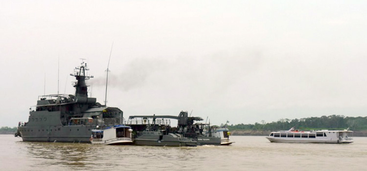 Estão sendo empregados na Operação navios-patrulha, helicópteros Esquilo, brigadas de Infantaria, entre outros