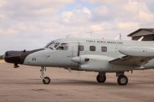 Novos pilotos do Esquadrão Rumba iniciam instrução no P-95 M3