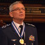 Tenente-Brigadeiro Rossato recebe Medalha Tiradentes