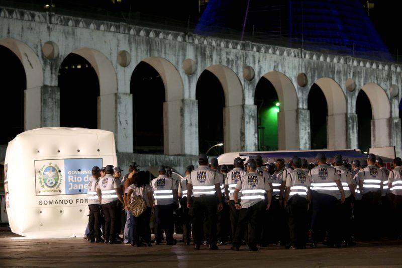 Operação Lapa Presente começa a fiscalizar região do Rio Antigo.