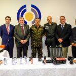 Gabinete de Intervenção Federal recebe doação de 16,5 mil equipamentos não-letais