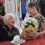 4ª Região Militar celebra o aniversário da veterana Carlota Mello