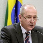 Ministro da Defesa garante apoio das Forças Armadas no combate ao COVID-19